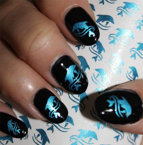 Black & Blue dolphin nail art