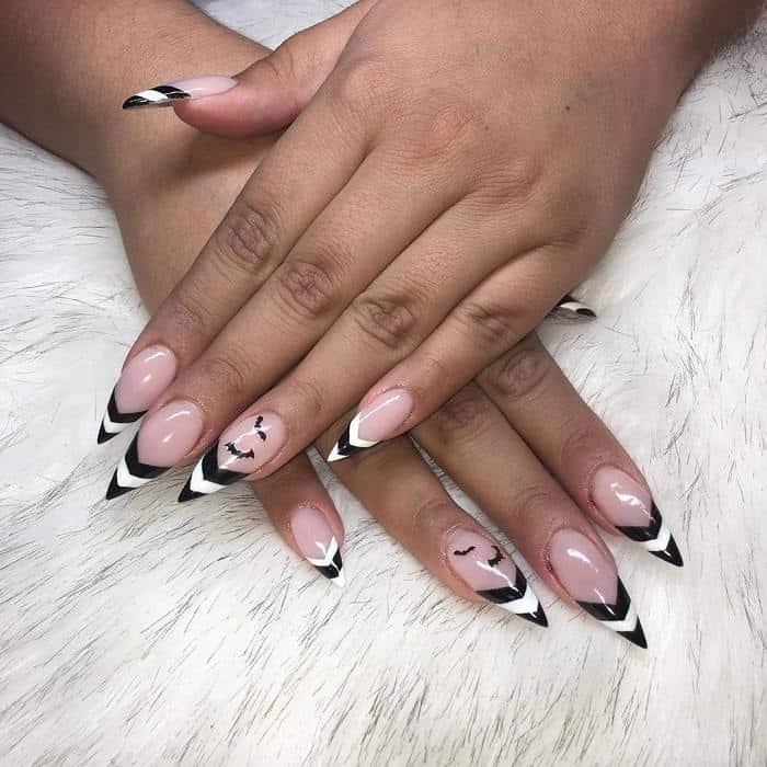 Black Tip Stiletto Nails