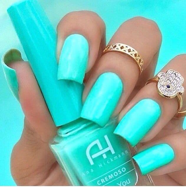neon mint green nail