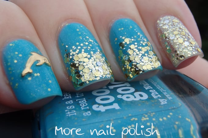glitter Accent dolphin nail art - 15 Delightful Dolphin Nail Art To Slay The Summer