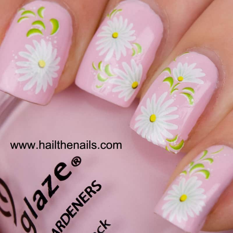 15 dreamy daisy nail art to unveil innocence naildesigncode light pink daisy flower nail art prinsesfo Gallery