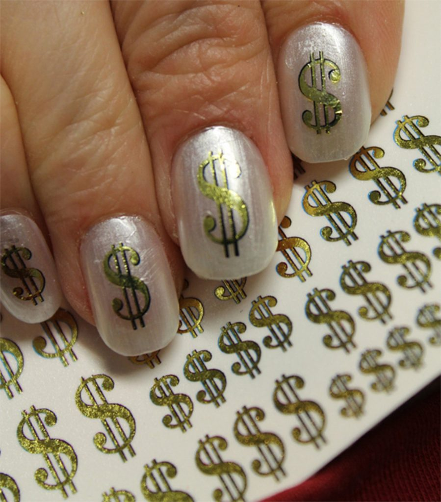 Dollar sign on Nail Art