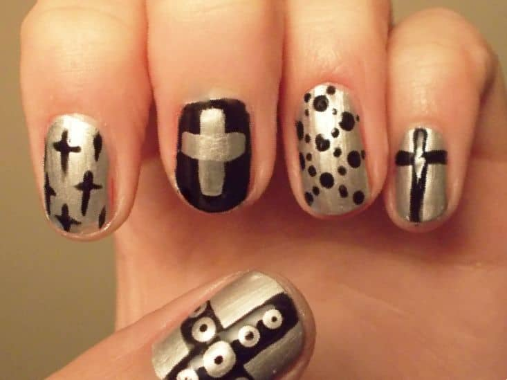 20 cross nail designs to uphold your christianity naildesigncode if you want to have a shining charm this is the right design for you shiny silver is used along with black color in this design draw some cross both in prinsesfo Images