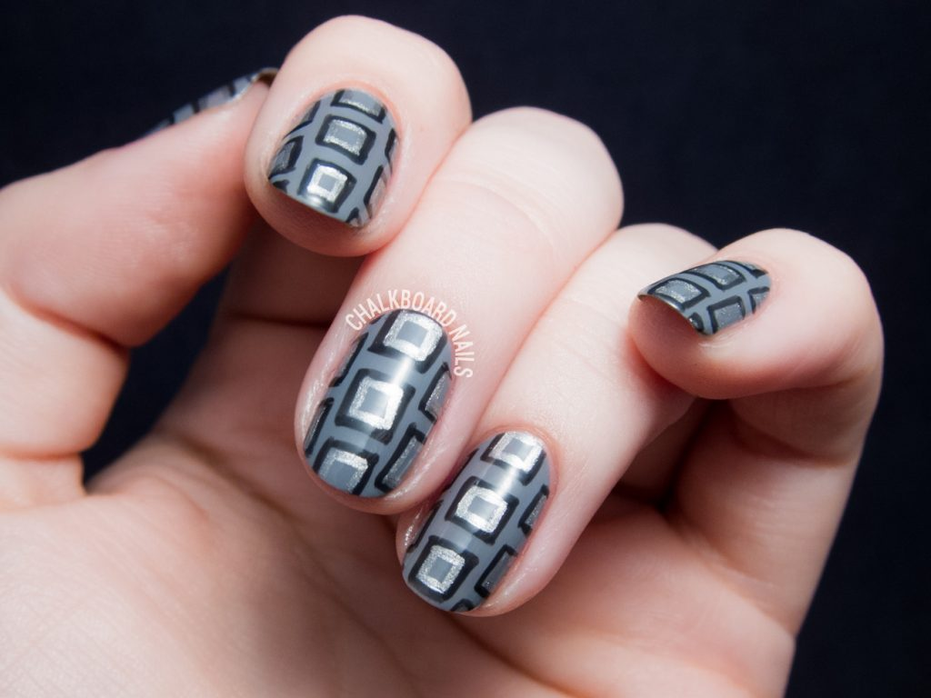 Square geometric nail art