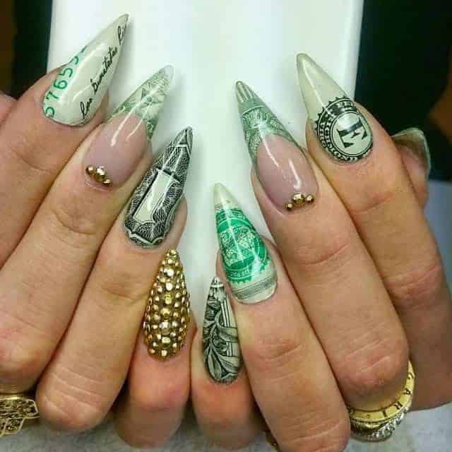 12 Dynamic Dollar Nail Art To Show Off Money