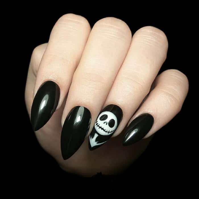 simple goth nails