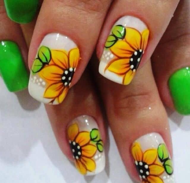 Sunflower Summer Nail Art - 10 Bright Sunflower Nail Art To Look Beautiful – NailDesignCode