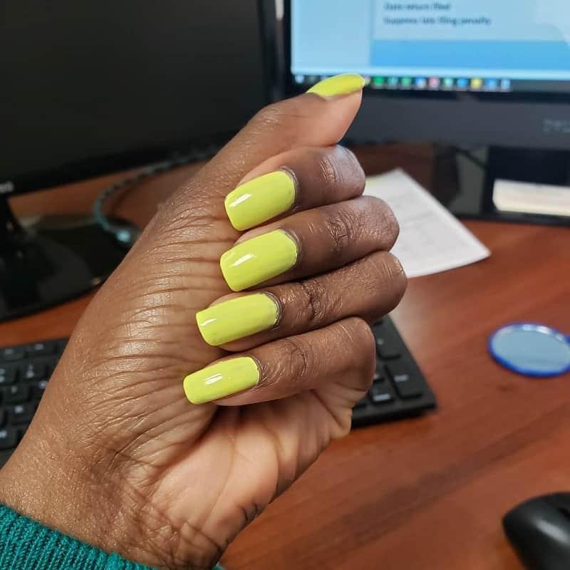 neon nail polish for dark skin