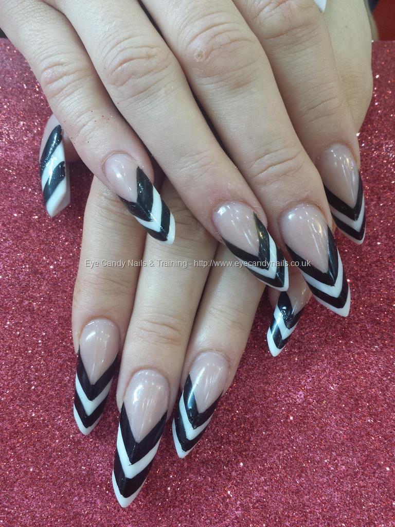 20 Black & White Stiletto Nails to Amaze Everyone – NailDesignCode
