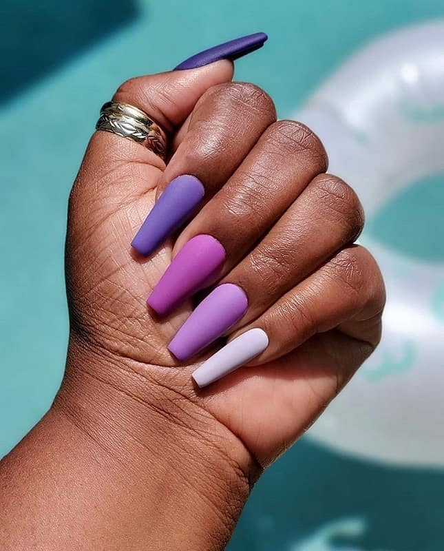 summer nail polish for dark skin
