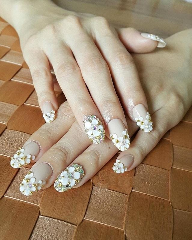 3d daisy nail art