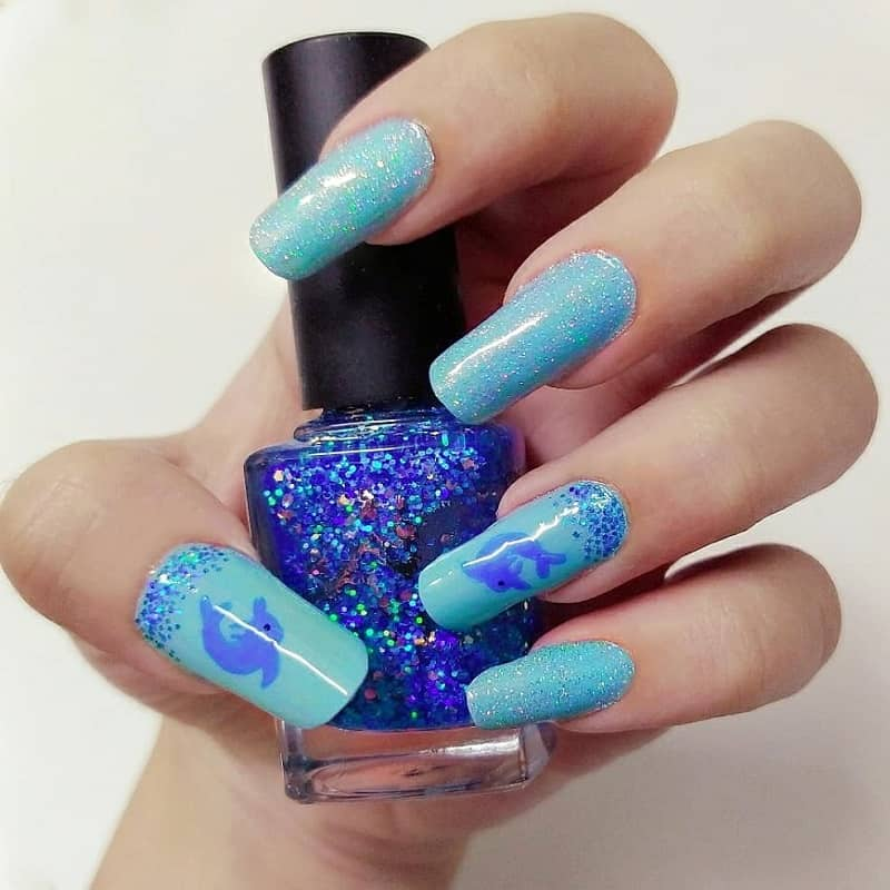 dolphine blue nails