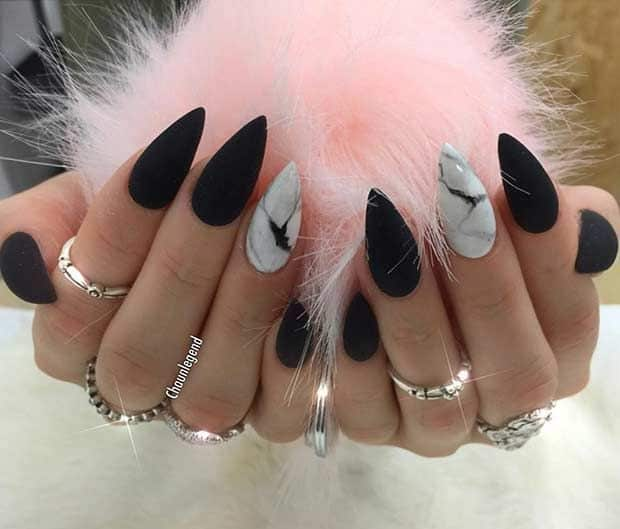 20 Black White Stiletto Nails To Amaze Everyone Naildesigncode