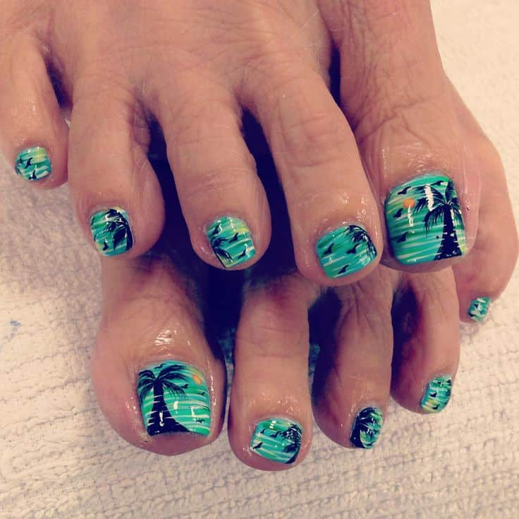 vacation toe nail design