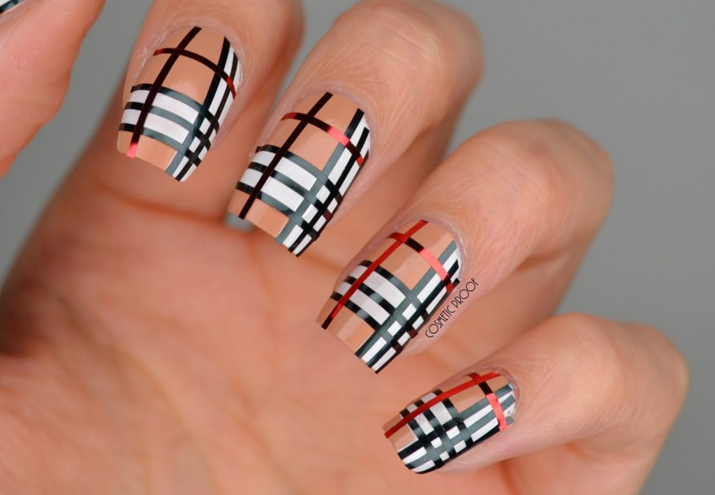 Burberry check striping tape nail