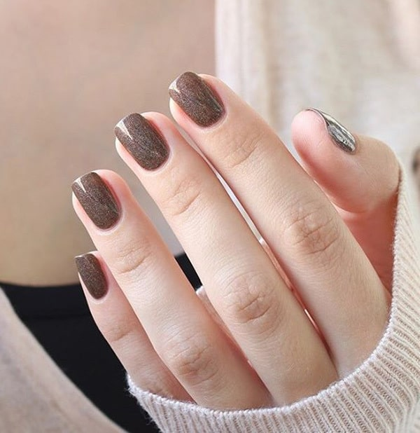 short brown nail design