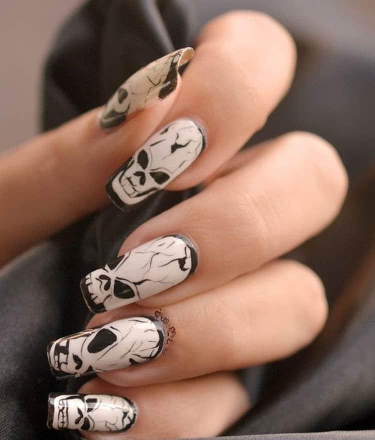 Halloween skull nail art