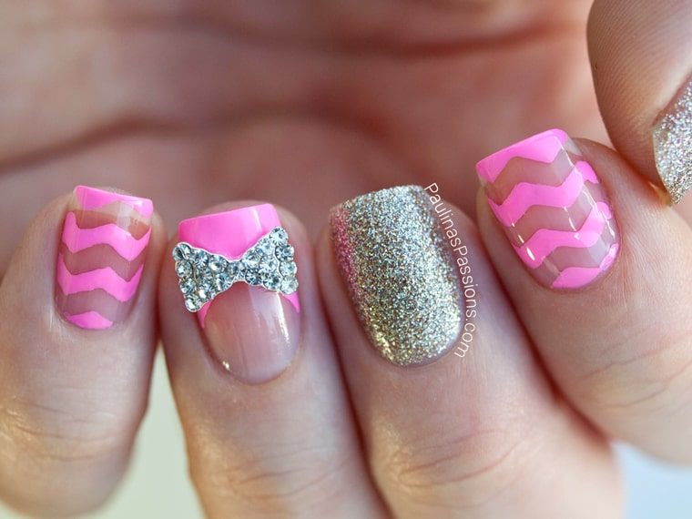 clear chevron nail with bow