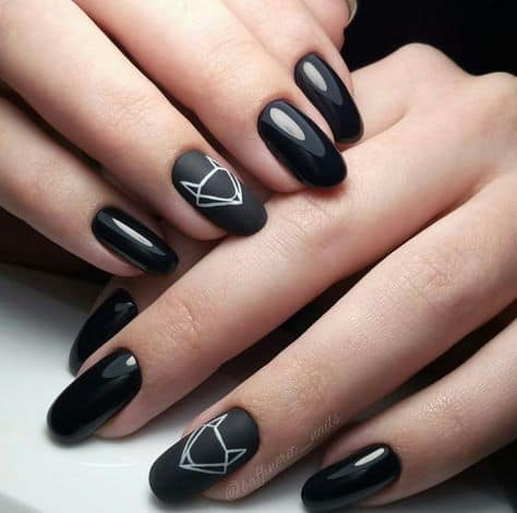 prom nails for black dress.