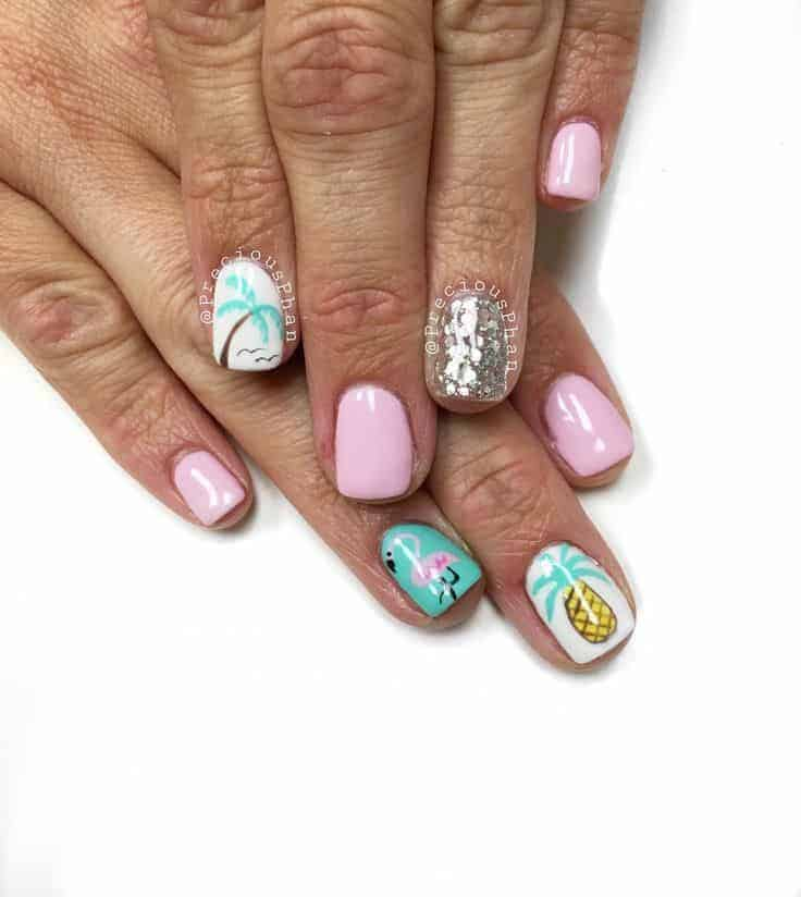 22 Vacation Nail Designs for Your Next Getaway