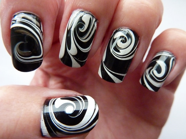 How To Do Swirl Nail Art: 10 Easiest Designs to Inspire