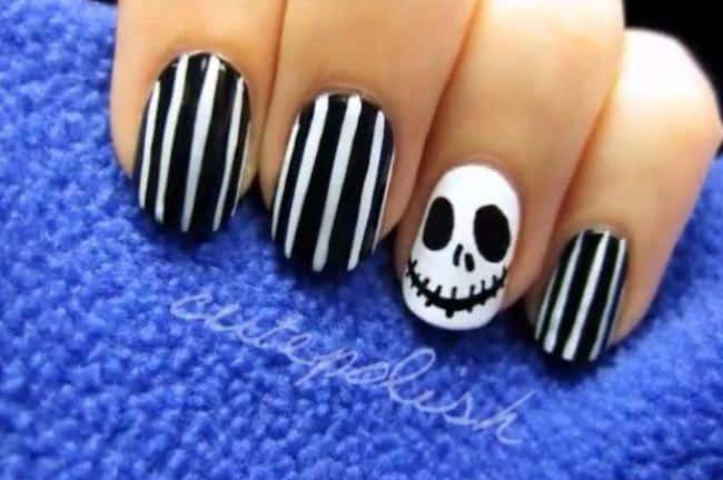 black & White Halloween nail
