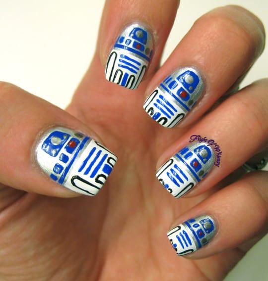 R2-D2 droid star wars nail