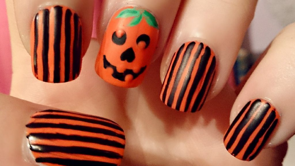 Striking Stripes pumpkin nail art
