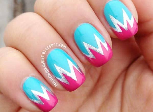 Steep Chevron art on nail