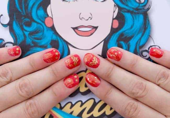 15 Wonder Woman Nails To Feel Like A Super heroine