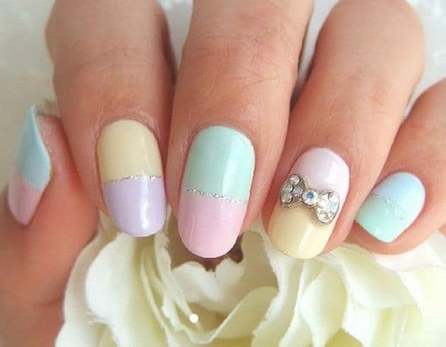 Pastel Nails with a Bowtie