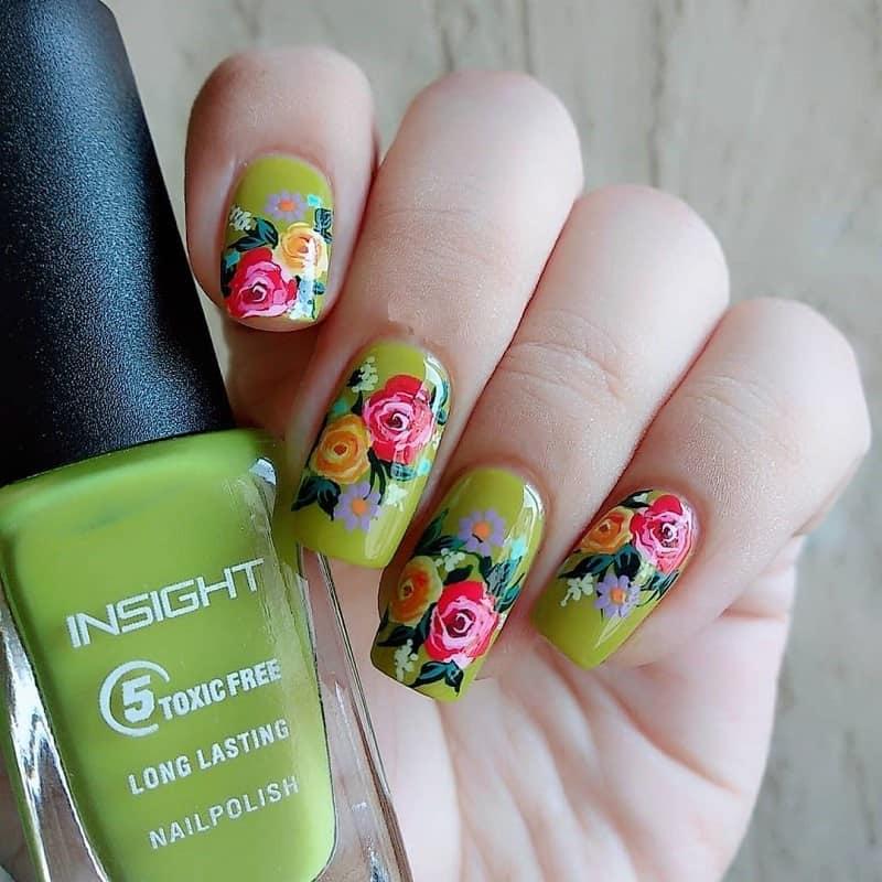 hand painted roses nail art