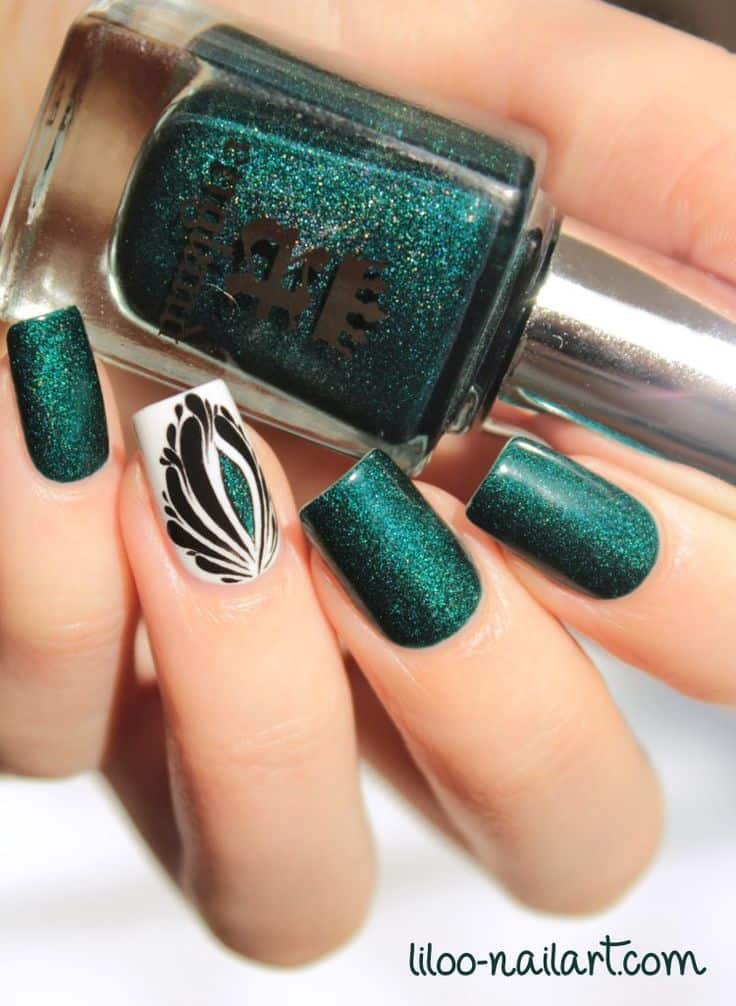 Peacock Accent Nails