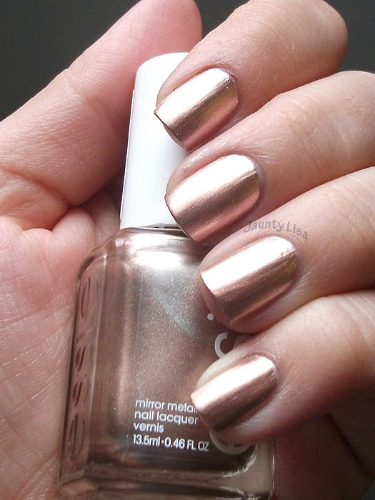 How to Get Chrome Mirror Nail Polish + 12 Unique Designs