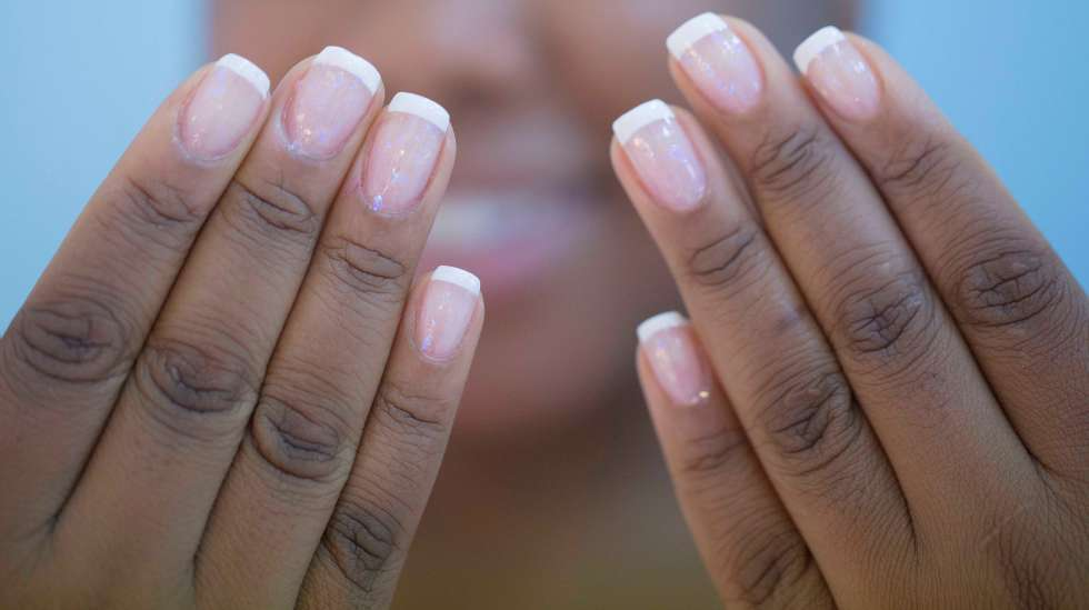 silk wrap nail pros & cons