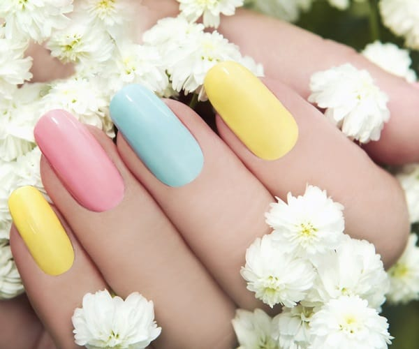 Natural & Simple Pastel Nails