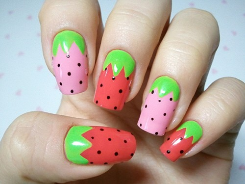 Two Tone Strawberry Printed Nails