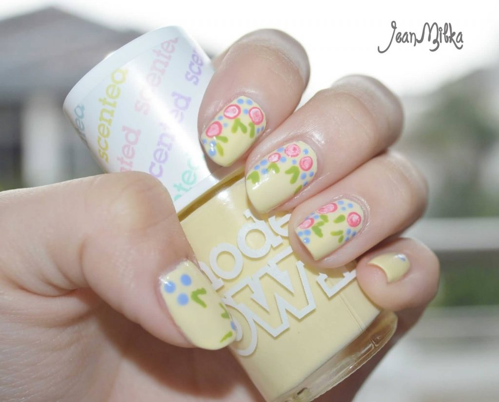 Pastel Nails with floral designs