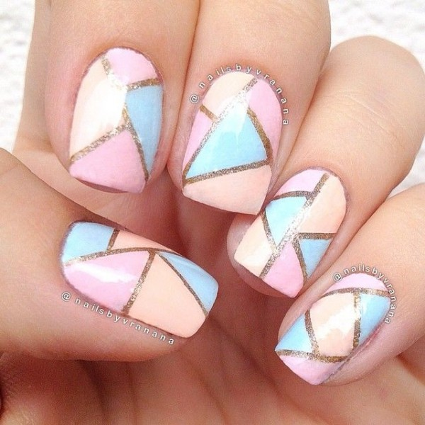 Stripped Lines in Pastel nail