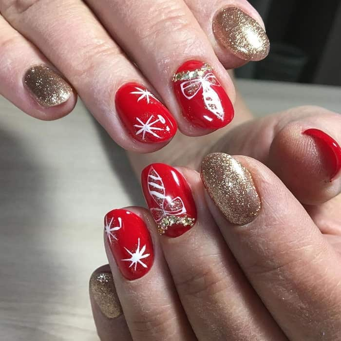 red and gold nails for Christmas