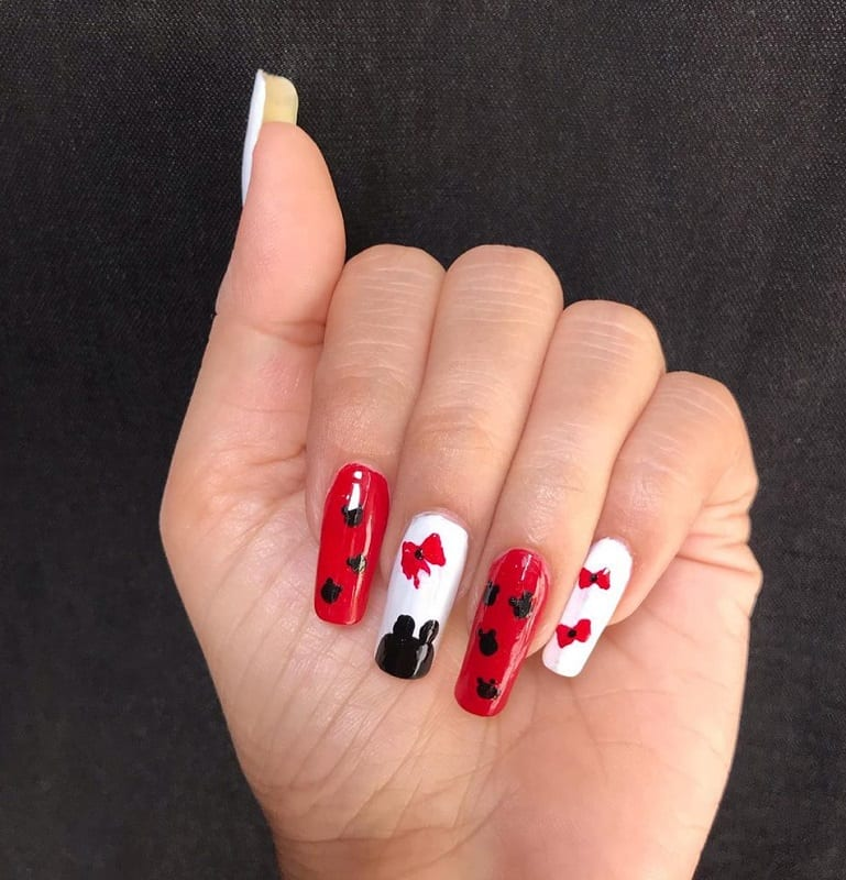 toothpick bow nail art