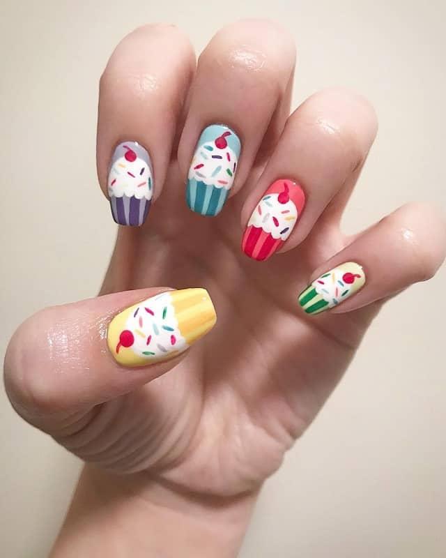 cupcake gel nail design