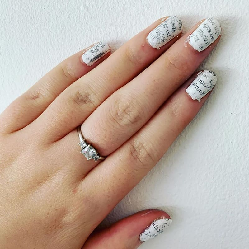 newspaper nail art with water