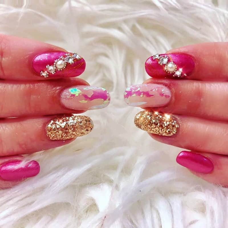 pink and gold quinceanera nails