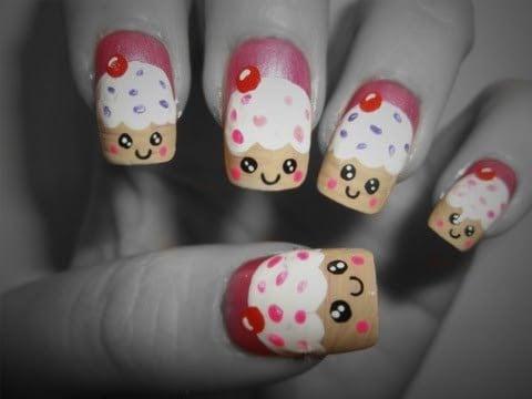 cupcake nails in emoji art