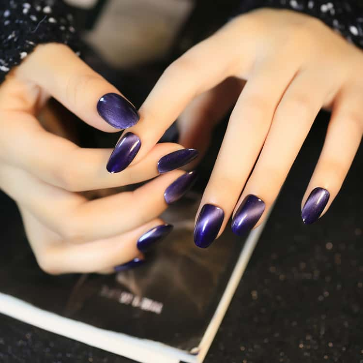 5 Dramatic Cat Eye Nails The Perfect Showstopper