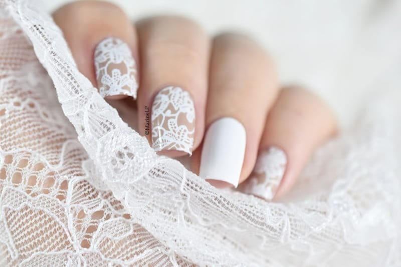 lace quinceanera nail art