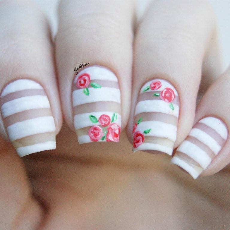 25 Popular Negative Space Nail Arts: Less Is More