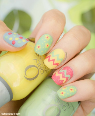 Summer pastel nails of pink and yellow colors