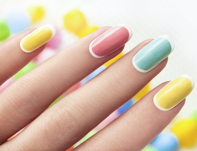 colored nails with white tips